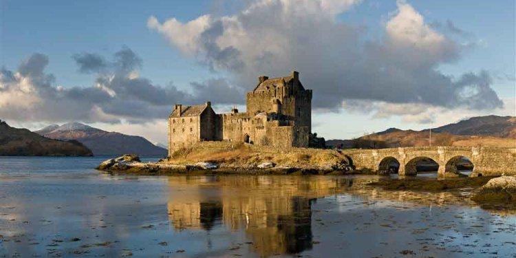 EilanDonan Castle - one of the