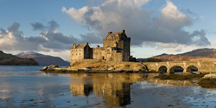 Donan Castle, Scotland, UK